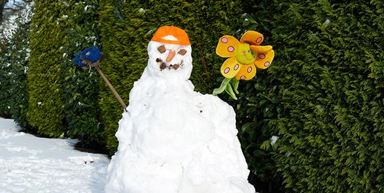 Kinderen 'ontpoppen' in de sneeuw
