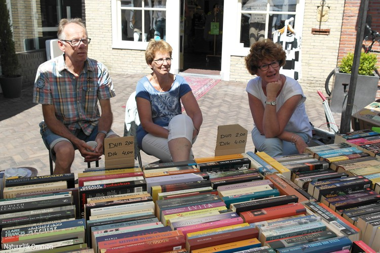 Dinsdag 12 juli boekenmarkt in Ommen