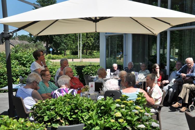 Saxenburgh Groep organiseert buurtbarbecue
