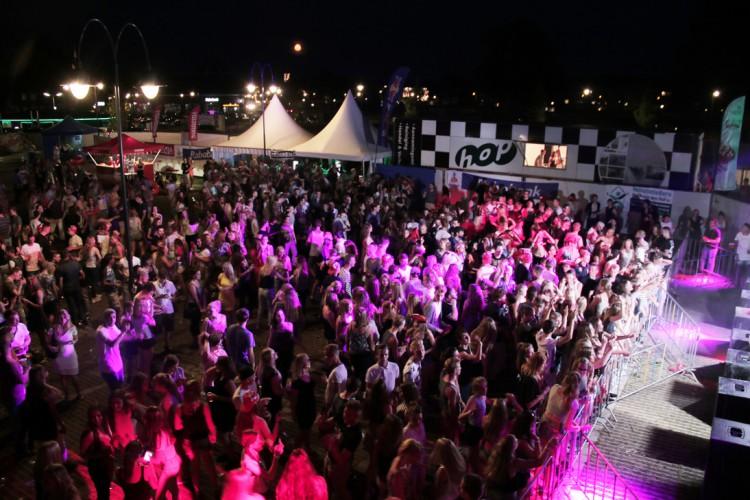 Jongste DJ op EXPLOSION 2016 deelt podium met grote namen