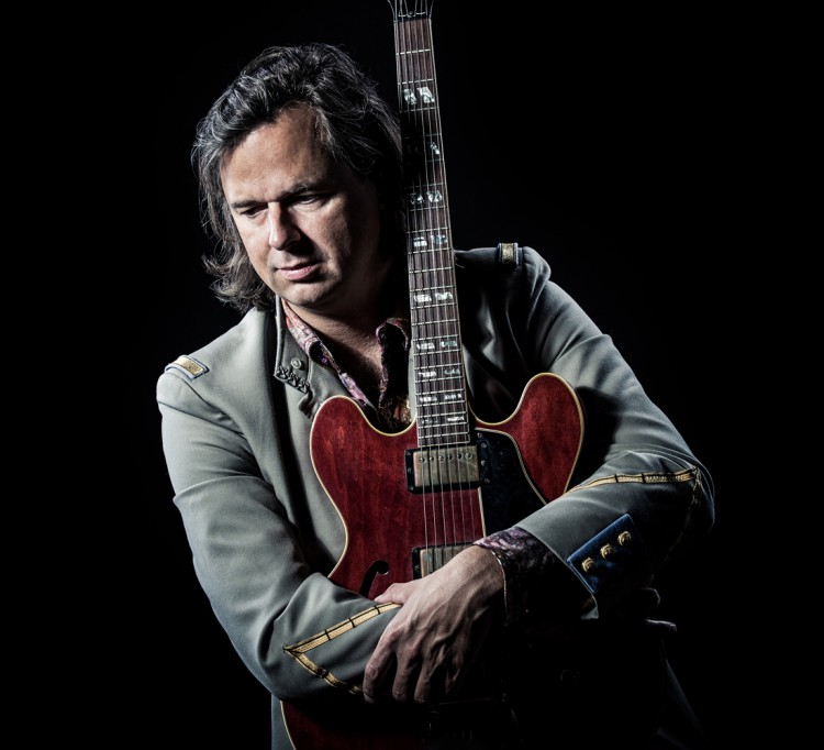 Erwin Nyhoff over zijn nieuwe theaterprogramma Kings of Rock'N'Roll
