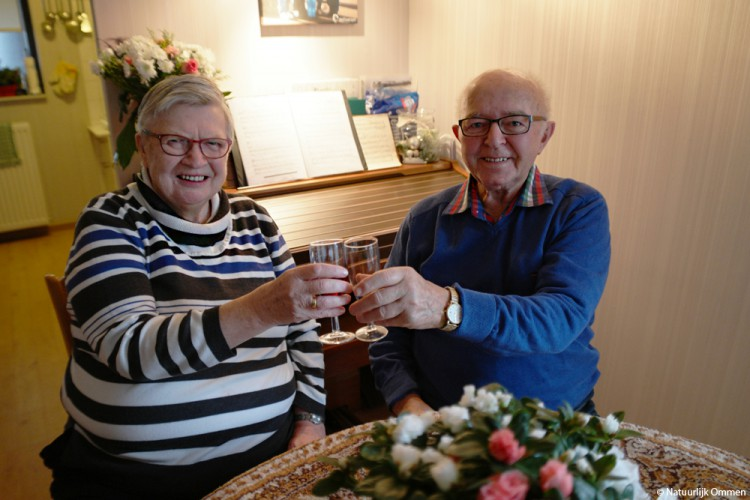 Derk en Alie van der Zwaag-Leideman 50 jaar getrouwd
