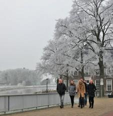 Winter kleedt Ommen in het wit