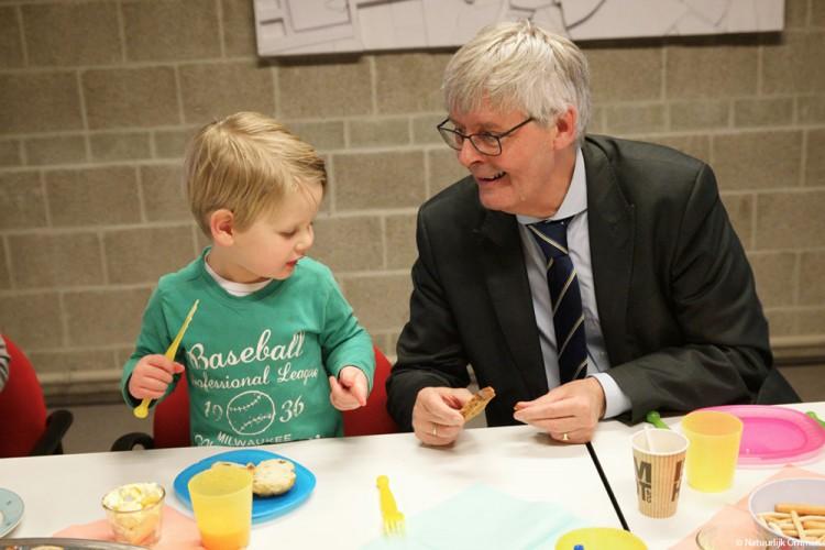 Voorleesontbijt in Bibliotheek Ommen maakt kinderen bewust van een dagelijks gezonde start
