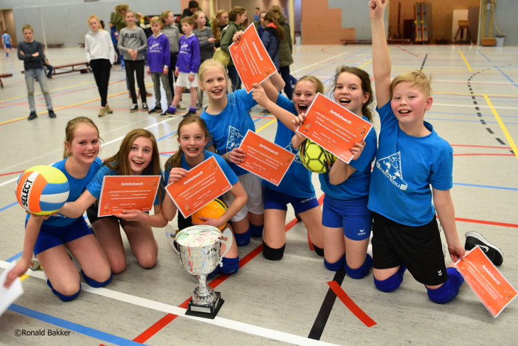 St. Bernardus prolongeert volleybaltitel