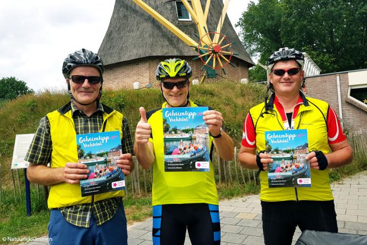 Duitse toeristen prijzen in natuurlijk Ommen de fietspaden in het Vechtdal