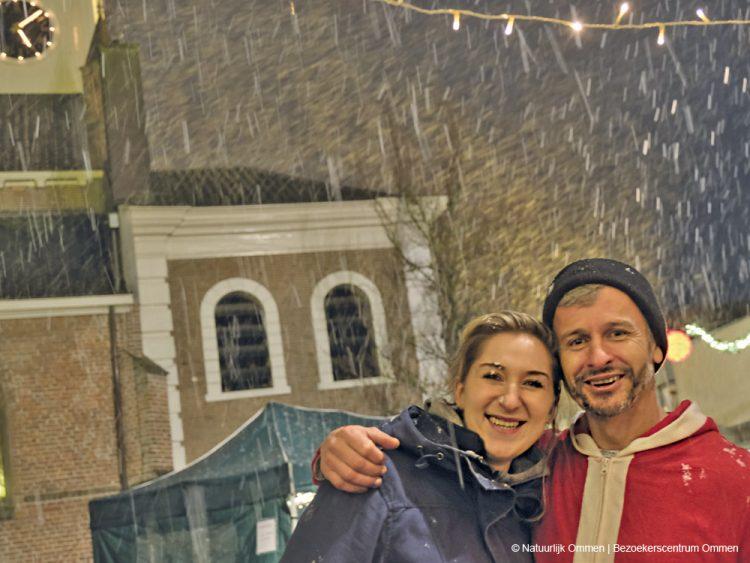 Kerstmarkt ondanks winters weer goed bezocht