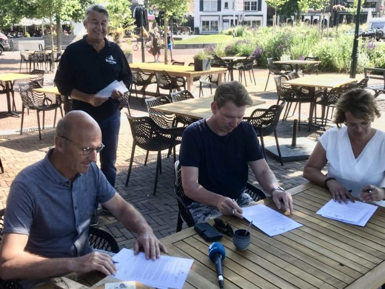 Partnerovereenkomsten Vechtzomp Ommen ondertekend